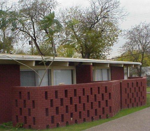 lakeway-apartments-01